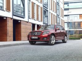 Rubyred Mercedes GLK by MUCK-ONE