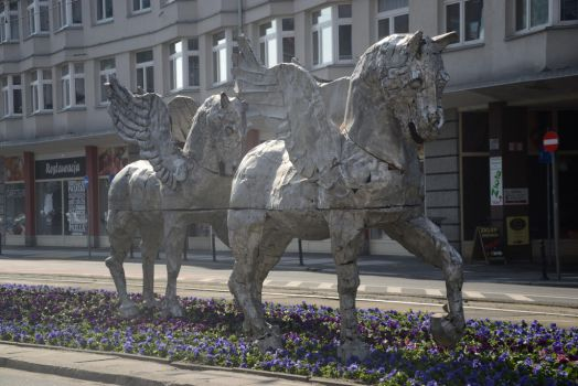 Winged Horses by Risandell