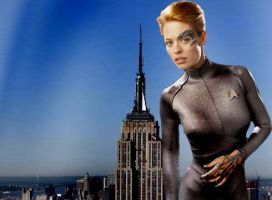 Giantess Seven Of Nine by darthbriboy