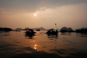 Ha Long Bay sunset by tterminet
