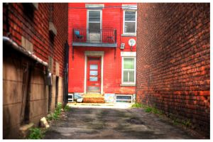 The back alley by RockRiderZ