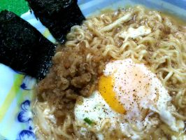 nissin garlic noodle ramen 2 by plainordinary1