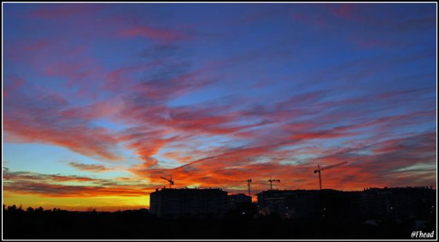 Red sky by Fhead