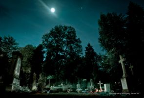 Graveyard at full moon by wulfman65