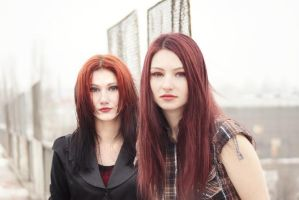 sisters by loreelamia