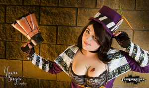 Mad Moxxi 2 - Borderlands 2 by MagicYuu