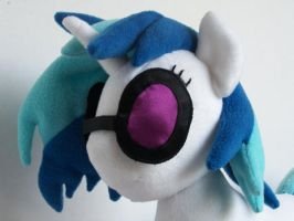 Vinyl Scratch Sun glasses by WhiteAntCrawls