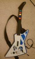 Vinyl Scratch guitar by blingingjak