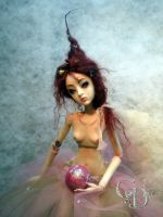 Ball jointed art doll toy box by cdlitestudio
