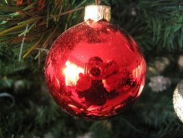Christmas tree decoration by wadisda