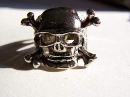 Skull Ring by seiyastock