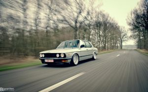BMW e28 pic4 by bekwa