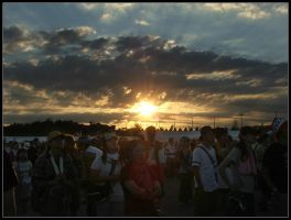 Summersonic Sunset by crazybadger
