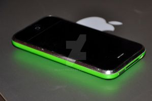 Modded Iphone 3g green custom by mushyppeaz