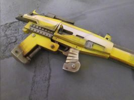 Borderlands 2 - Hyperion Submachine Gun by theradish01
