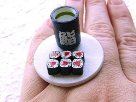 Green Tea And Tuna Sushi by souzoucreations