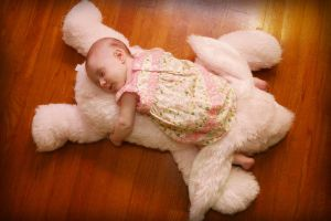 baby finley 2 by Juliephotography