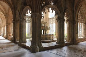 Batalha's cloister by Andre-anz