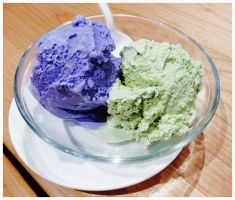 Green Tea and Taro Ice Cream by electric-lime