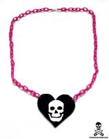 skullheart necklace 2 by smarmy-clothes