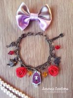 + Alice in Wonderland bracelet + by SaraFabrizi