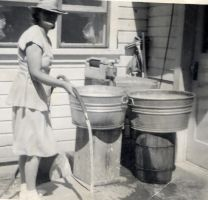 Vintage Wash Day 1940s by Brightstone