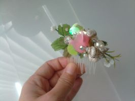 Rosebud and Sea Shell Comb 2 by TheRealLittleMermaid