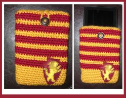 Gryffindor Kindle Case by TheCrochetDragon