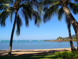 Airlie Beach by Tiberius47