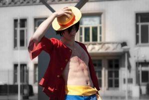 Monkey D. Luffy timeskip cosplay by YougamiDaisuke