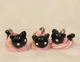 Frosting Cat Charms by superayaa