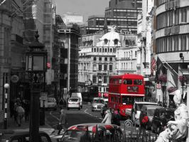busy london by Hanncur