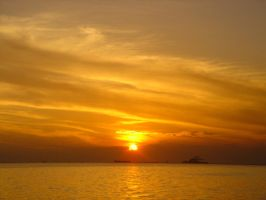 Manila Bay Sunset - April 2009 by nightvisiongoggles