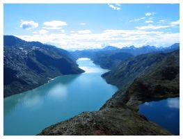Besseggen, Jotunheimen, Norway by oXe
