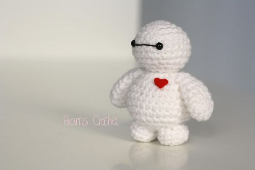 Tiny Baymax crochet amigurumi doll plush by BramaCrochet