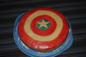 Captain America Shield cake by minamurrayXVII