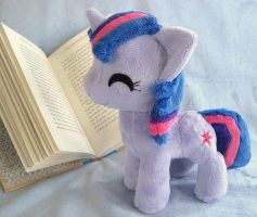 Teeny Twily by FollyLolly