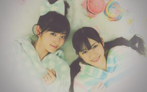 Wallpaper o7 - Airi x Mayuyu by dothefool