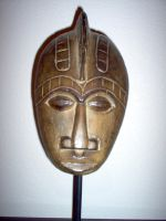 wooden mask on stand 2 by pandora1921