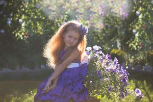 Girl and frowers by olgaFI