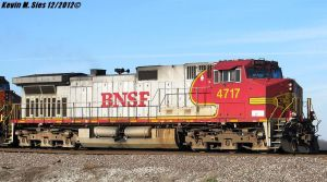 BNSF Warbonnet #4717 with old RS5T leslie horn by EternalFlame1891