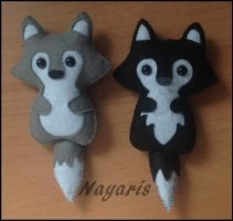 Wolfie Felt Plushies!! by Nayaris