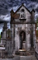 Welcome to my resthouse... by rhipster