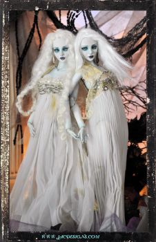 Ball jointed Vampire Twin dolls by Sutherland BJD by SutherlandArt