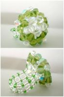 Green star bead ring by angychan