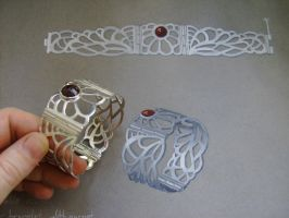 Lace Bracelet - compare closed by GeshaR