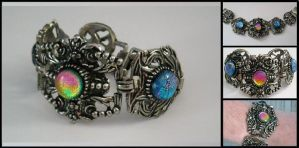 Victorian Bracelet with Twist by poisons-sanity
