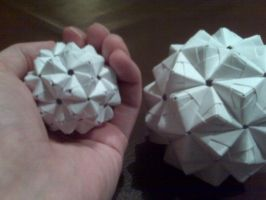 60 point Dodecahedrons by guynietoren