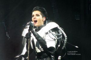 humanoid tour 2010, Vienna 9. by violet-funeralflower