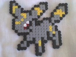Umbreon Hama by Goth-on-13th
